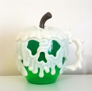 Poison Apple Stein Disney Parks Exclusive